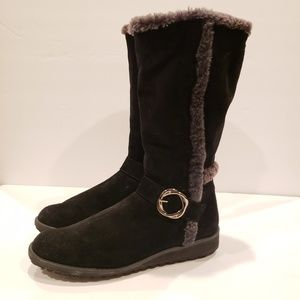 Stuart Weitzman black boots fur 9.5
